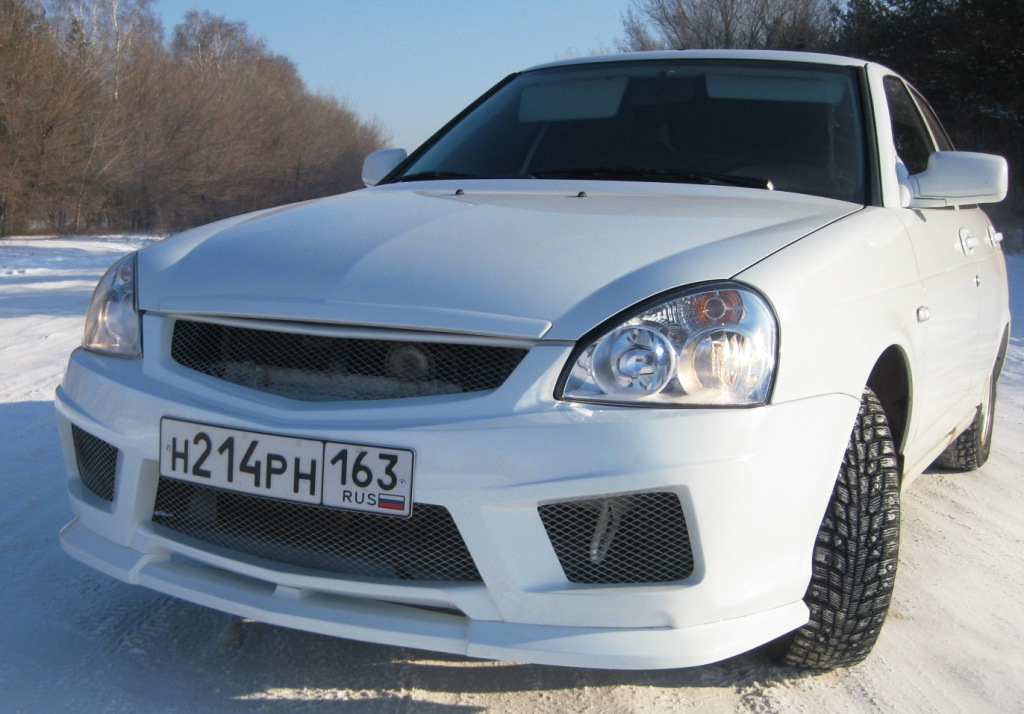 "Тюнинг ""E-4 Racing Team"" (бампер передний) для LADA ВАЗ Priora седан (Приора ВАЗ 21703) - МастерТюнинга"